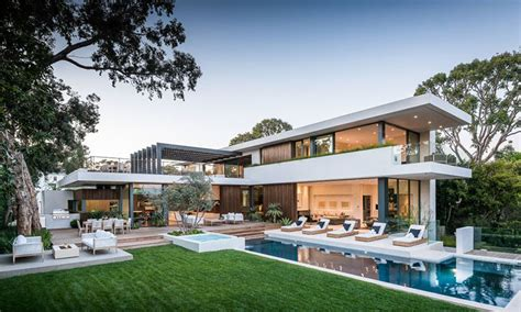 This California House Has A Luxury Resort Backyard I