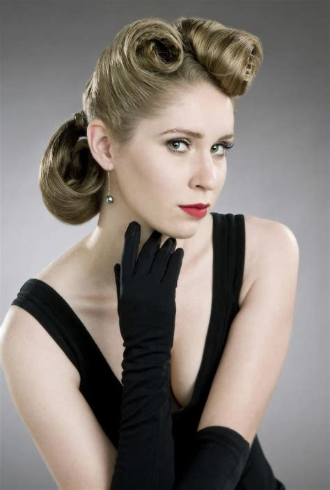 Glamorous 50s Hairstyles 50s hairstyles for hair that are the mix of