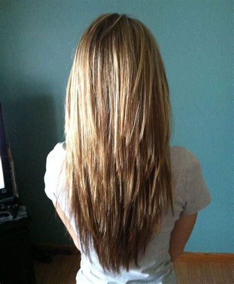 coupe cheveux degrade mi long femme coiffure simple