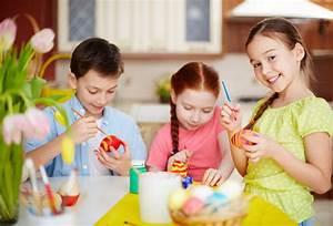 Ostern Basteln Mit Kindern : bildquelle pressmaster ~ Buech-reservation.com Haus und Dekorationen