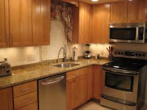 kitchens without backsplash anyone with a 2 inch backsplash or no backsplash
