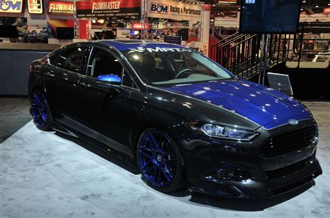 tricked  ford fusions photo picture  sema