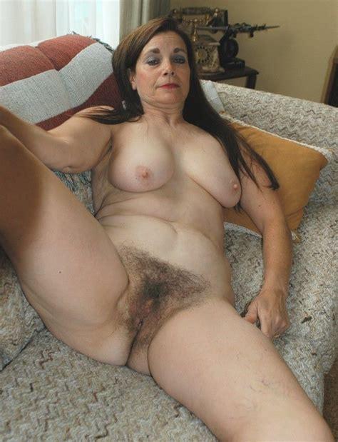 hot women mature granny garandma fat nude photos