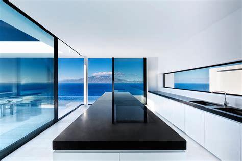 minimalist greek villa  dramatic ocean  island view