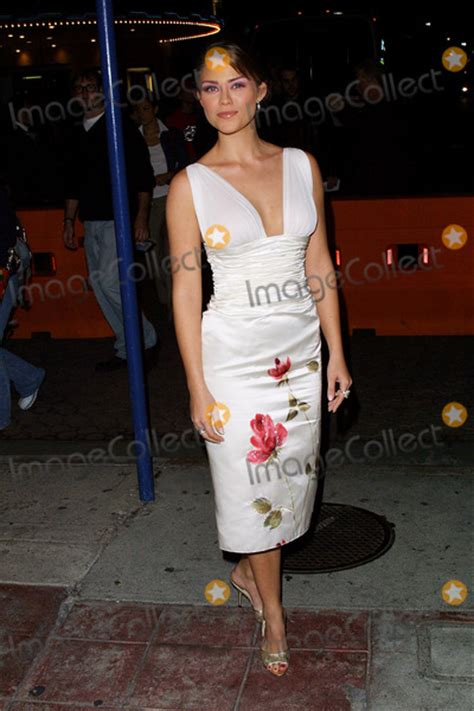 Photos And Pictures  Shallow Hal Premiere At Mann Village Theater Los Angeles, Ca Susan Ward