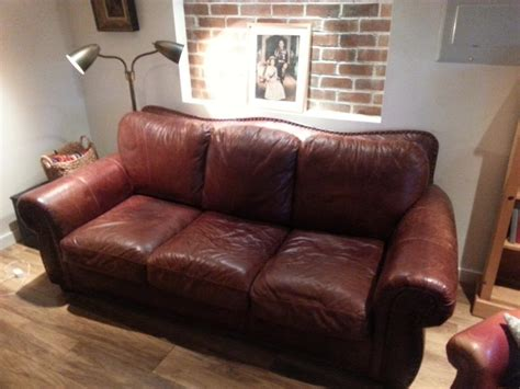 red leather sofa lazy boy lazy boy brown leather sofa with brass tacks victoria city