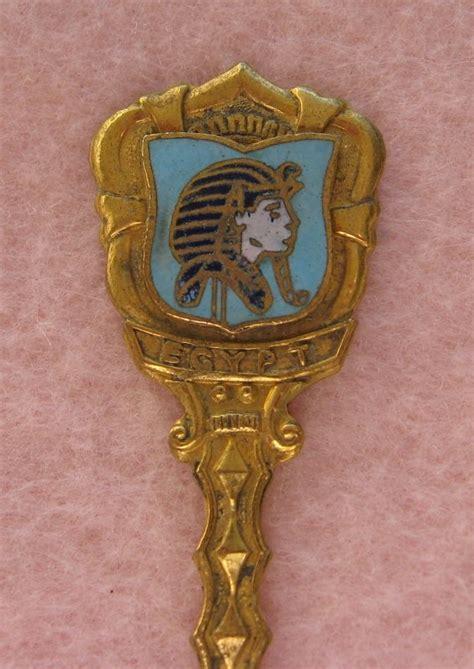 egypt souvenir collectible spoon queen nefertiti