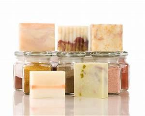 Seife Seife Was Ist Seife : seife selber machen und f rben naturseife und kosmetik ~ Lizthompson.info Haus und Dekorationen