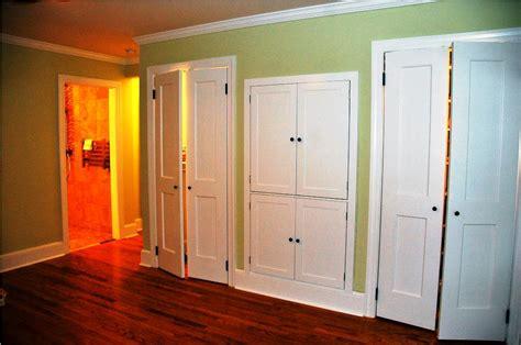 White Bifold Closet Doors Ideas — Closet Ideas