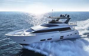 Hatteras GT 70 Feet At Fort Lauderdale International Boat