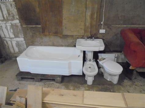 Art Deco Styled Bathroom Suite