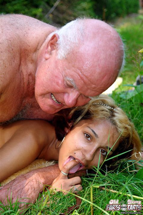 Young Old Sex Horny Grandpa Banging A Skin Xxx Dessert