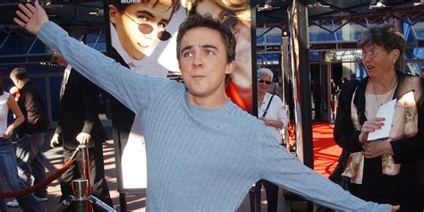 frankie muniz income frankie muniz net worth salary income assets in 2018