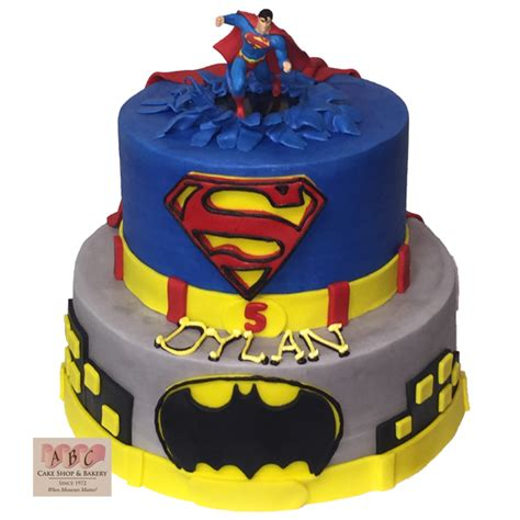 Superman and Batman Birthday Cake   Fondant Cake Images