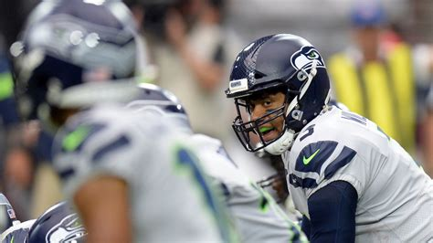 seahawks  browns betting odds picks  russell