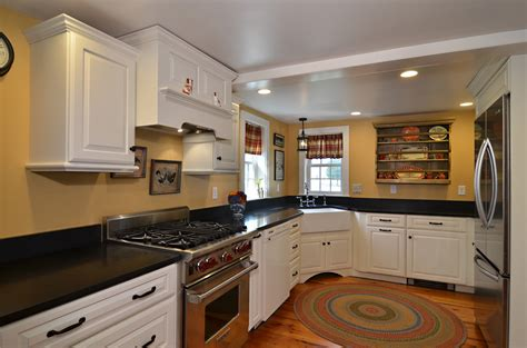 Mixing Old And New  Currier Kitchens. Small Living Room Makeover. Bar In Dining Room. Living Room Tile Floor. Seaside Living Room. Arrange Furniture Small Living Room. Houzz Transitional Living Rooms. Window Curtains Living Room. Whats A Good Color For A Living Room