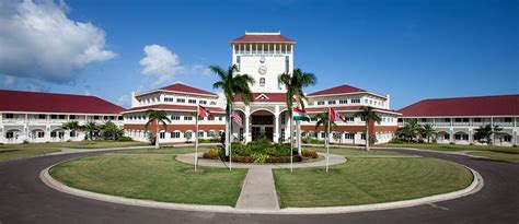 american university  antigua caribbean medical