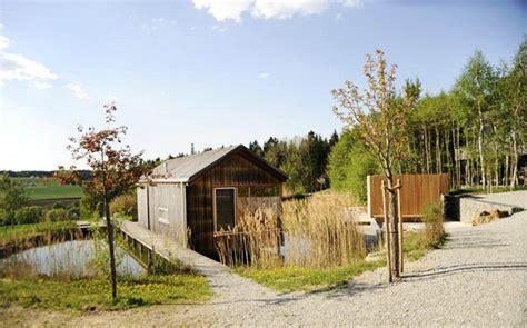 Hofgut Hafnerleiten Baumhaus by Wohlf 252 Hloase In Niederbayern Das Idyllische Hofgut