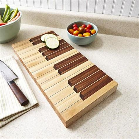 wooden kitchen accessories keyboard cutting board downloadable plan wood magazine 1628