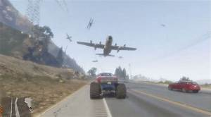 Watch - new GTA 5 mod makes all airplanes chase you - VG247