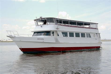 Rent A Boat For Birthday Party Nyc by Birthday Party Cruise Boat Rental In Nyc Empire Cruises