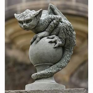 Campania international oscar the gargoyle cast stone for Gargoyle garden statues