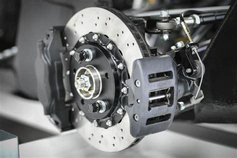 cars brake calipers work