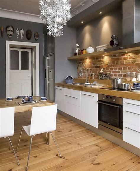 briques cuisine inspírate dining zone gris cuisine blanche et murs de