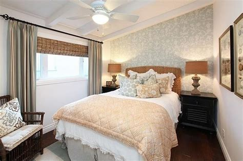 beautiful bedrooms  accent walls page
