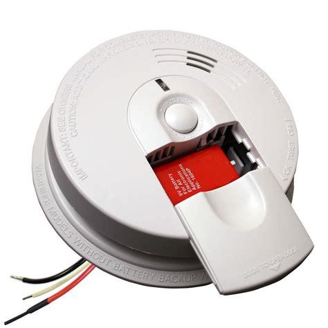 first alert smoke alarm blinking red light kidde firex hardwired 120 volt inter connectable smoke
