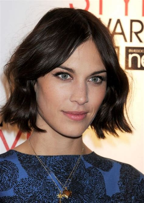 flattering alexa chung hairstyles pretty designs
