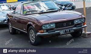 Peugeot Classic : peugeot 504 stock photos peugeot 504 stock images alamy ~ Melissatoandfro.com Idées de Décoration