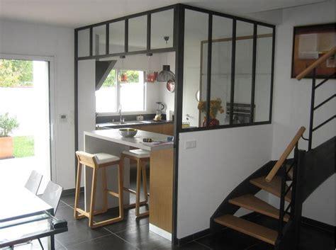 cuisine contemporaine ouverte par la structure vitree