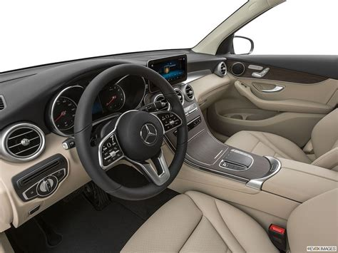 Glc sales decreased 28.5 percent last year compared to 2019. Mercedes-Benz GLC-Class 2020 GLC 300 4MATIC in UAE: New Car Prices, Specs, Reviews & Photos ...