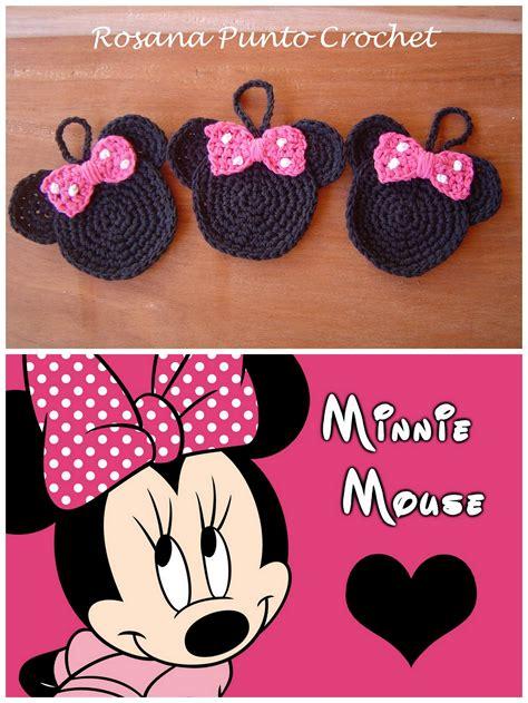 Souvenirs de Minnie Llaveros tejidos a crochet