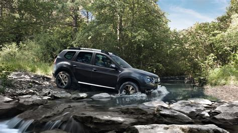Renault Duster 4k Wallpapers by 2018 Dacia Duster In Forest River Hd Wallpaper