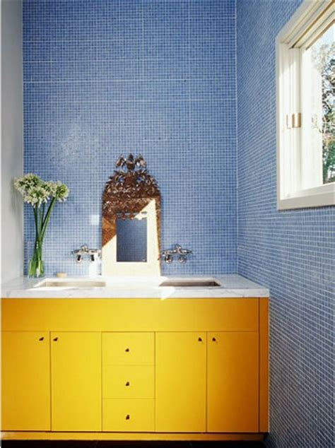 bright  colorful bathroom design ideas digsdigs