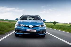 Fiabilité Toyota Auris Hybride : toyota auris hsd 2015 prix et caract ristiques de l 39 auris hybride photo 8 l 39 argus ~ Gottalentnigeria.com Avis de Voitures
