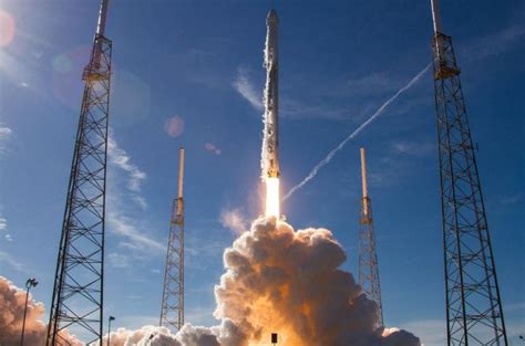 WATCH: SpaceX launches the biggest US