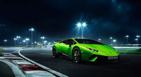 Lamborghini Huracan On The Tracks Hd Wallpaper