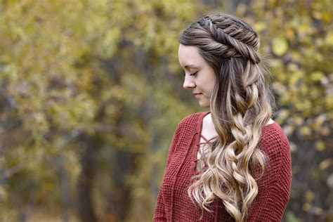 3 Stylish Hairdos For Holiday Parties How To Dye Your Hair Ash Blonde From Black Pictures Of Dark Brown With Red Highlights Mens Hairstyles Chart Best Type Bangs For Wavy Pixie Haircut Oval Faces A Lighter Color Guys Hot Air Brush Thick Frizzy