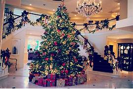 Luxurious Christmas Tree Decorating Ideas For School Decor Jenner House Tumblr