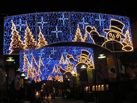 christmas lights in barcelona rent top apartments barcelona