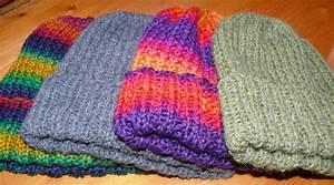 Modele De Tricotin Facile : patron tricot bonnet homme facile ~ Melissatoandfro.com Idées de Décoration