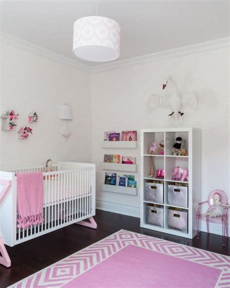 tapis rond chambre bébé chambre fille et taupe chaios com