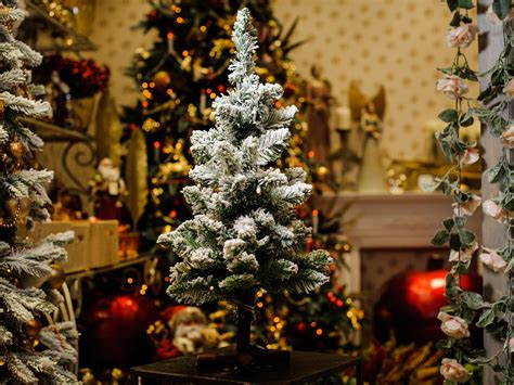 àmazing christmas decoration pictures in hd 8 best artificial trees the independent