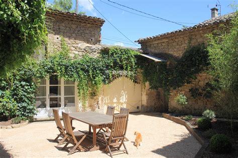 maison 3 chambres a vendre maison à vendre dans le luberon maison de hameau avec 3