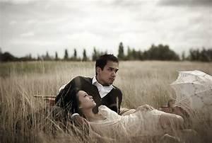creative-engagement-shoot-photos-sad-heartbreaking-field-7 ...