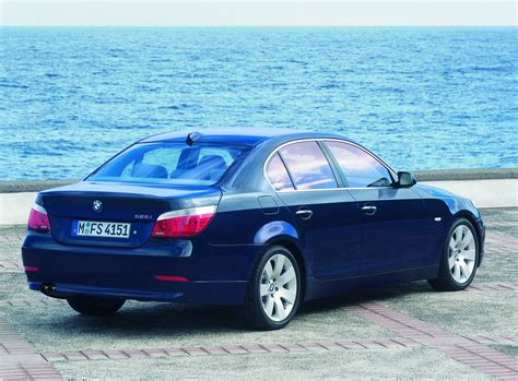 2007 Bmw 525i History, Pictures, Sales Value, Research And