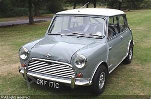 1964 Morris Mini Cooper S Sold By Coys Ascot On Saturday